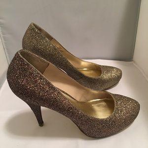 Steve Madden Gold Glitter Heels 8 1/2